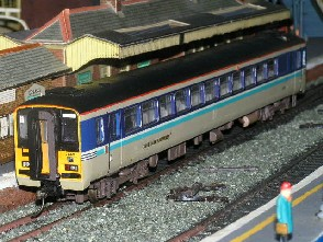 Solihull Model Railway Circle - Diesel Multiple Unit 153325 Regional Railways