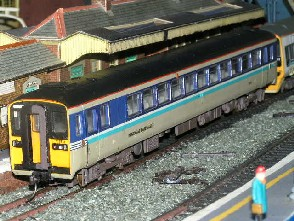 Solihull Model Railway Circle - Diesel Multiple Unit 153372 Regional Railways
