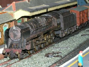 Solihull Model Railway Circle - 92239 in BR Black